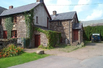 Pantygelli Farm Cottages