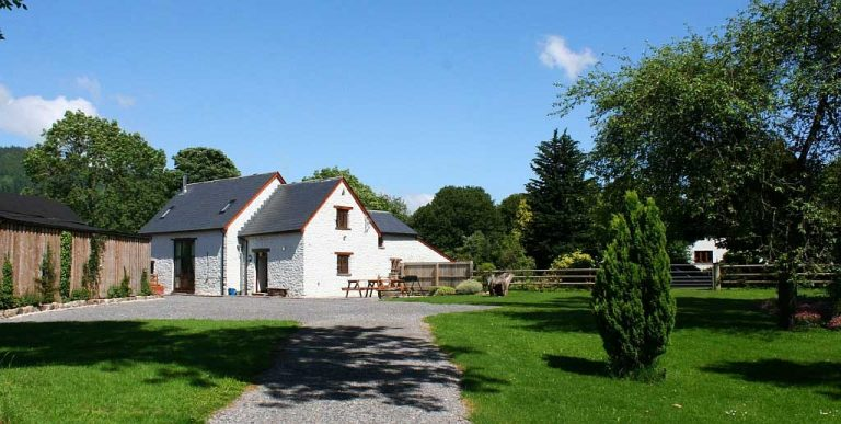 Maes-y-Berllan Barn