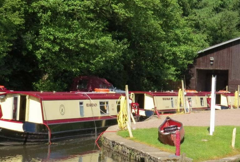 Redline Boats