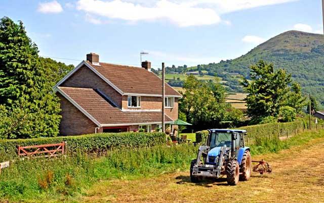 Penyclawdd Farm
